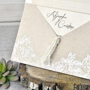 Invitatie de nunta cu elemente florale cod 39302
