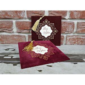 Invitatie nunta catifea grena cu ciucuras auriu cod 5596